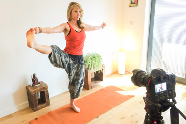 stephanie creating a personalised and bepsoke yoga video